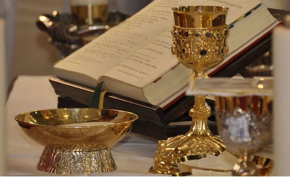 http://agathonet.com/cvilin/wp-content/uploads/2014/12/eucharistia.jpg